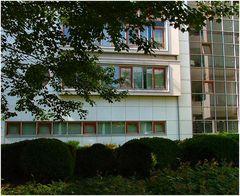 * Facciata moderna . Modern façade *