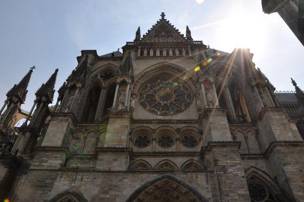 face Est de la cathedrale de reims
