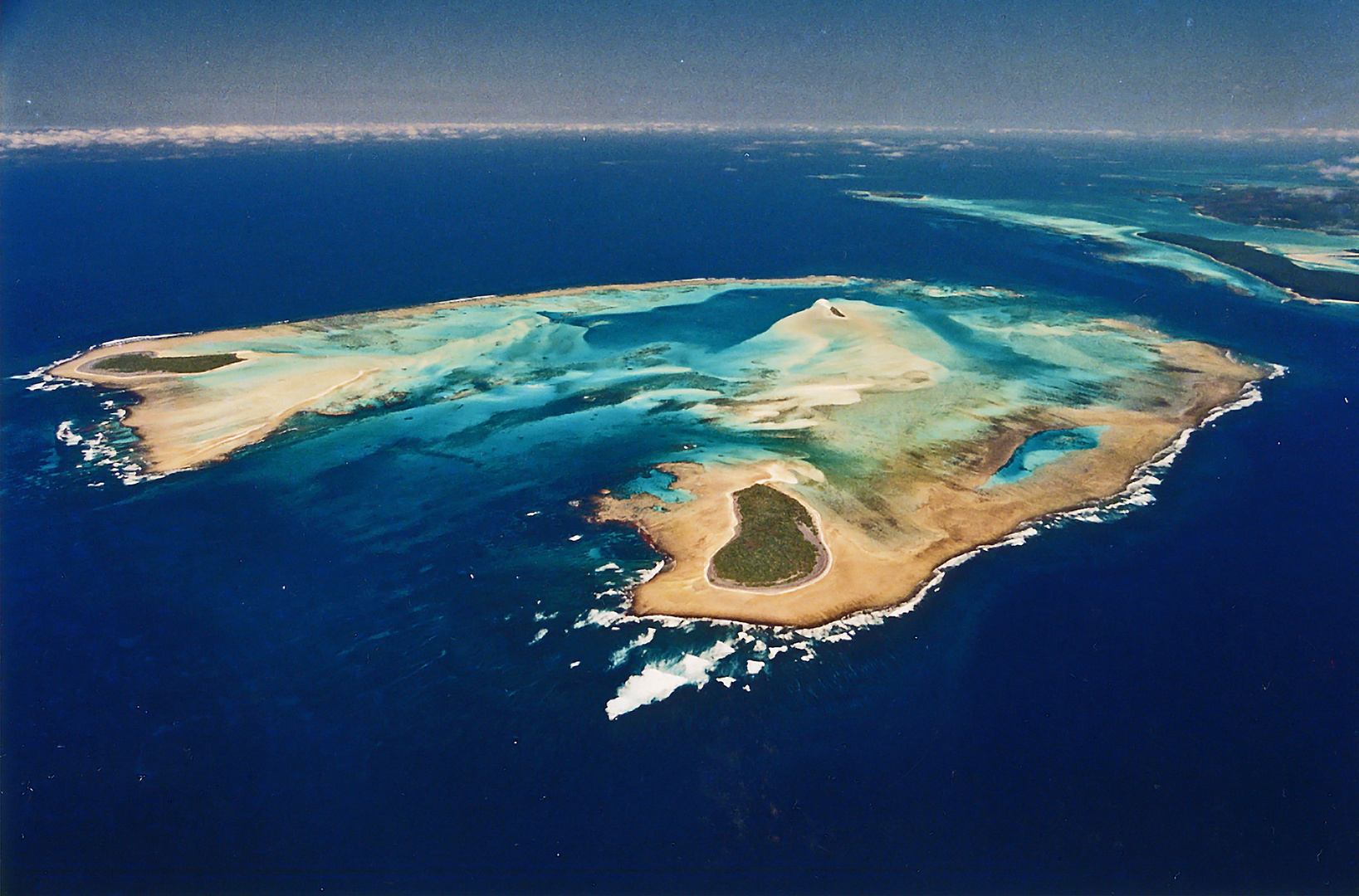 FACE TO NEWCALEDONIA