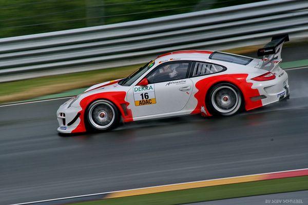FACH AUTO TECH (SUI) Porsche 997 GT3 R