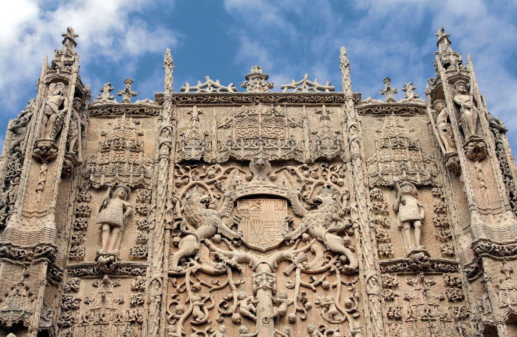 Fachada del Colegio San Gregorio en Valladolid