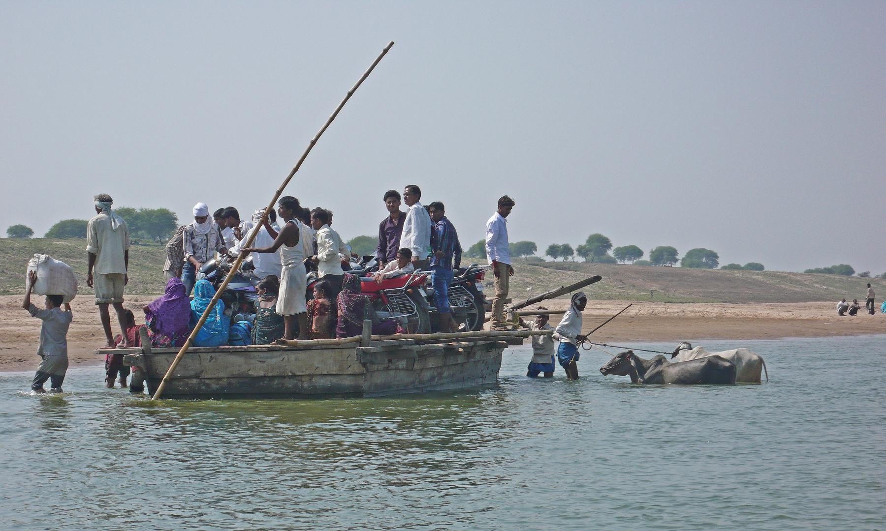 Fähre über den Fluß Chambal