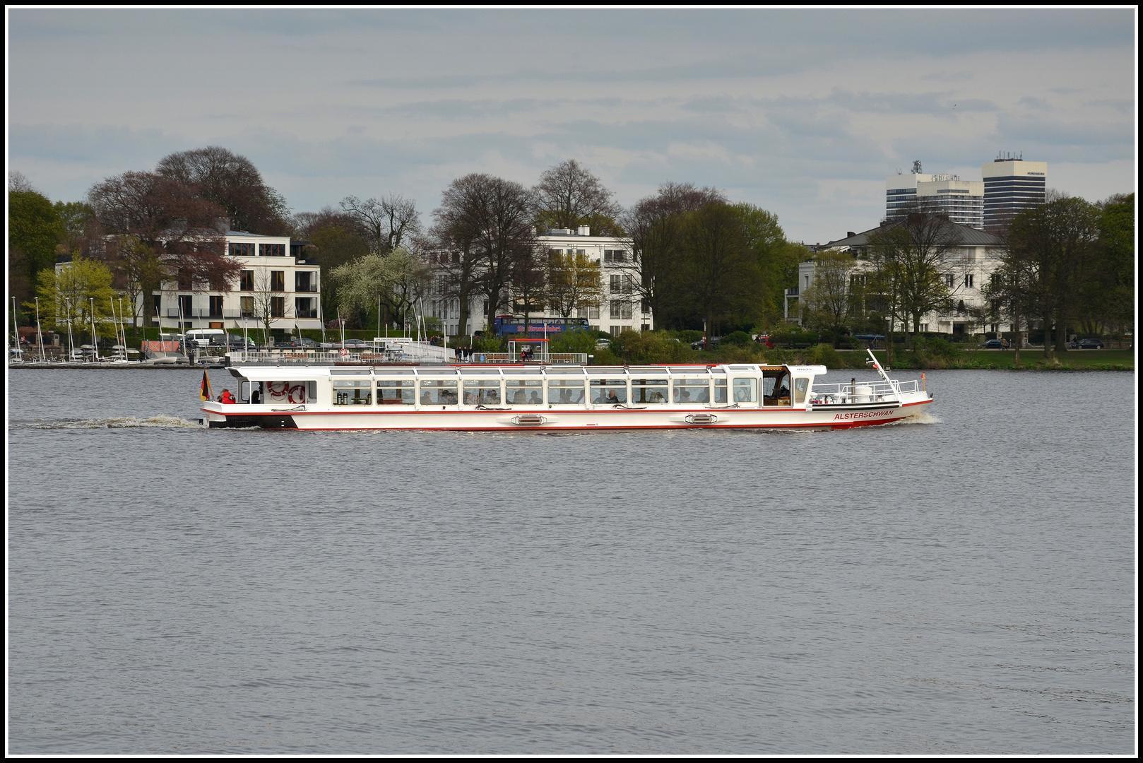 Fahrgastschiff Alsterschwan