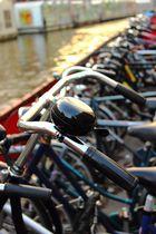 Fahrräder an der Gracht