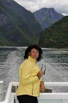 Fahrt auf dem Aurlandsfjord