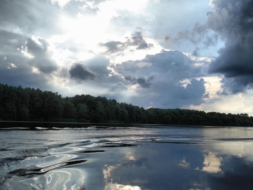 Fahrt auf einem See