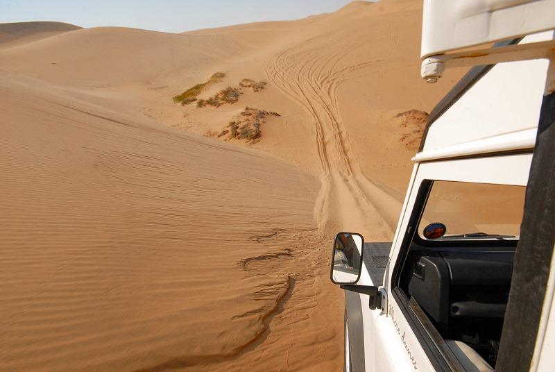Fahrt durch die Dünen