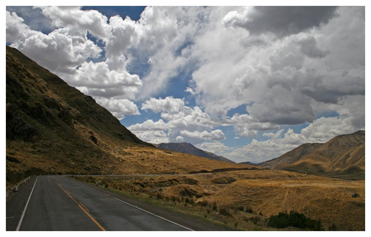 Fahrt mit dem Überlandbus von Cuzco nach Puno (am Titikakasee) II