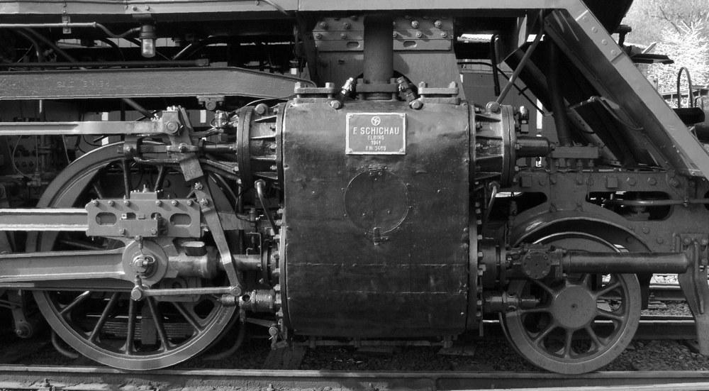 Fahrwerk und Antrieb II