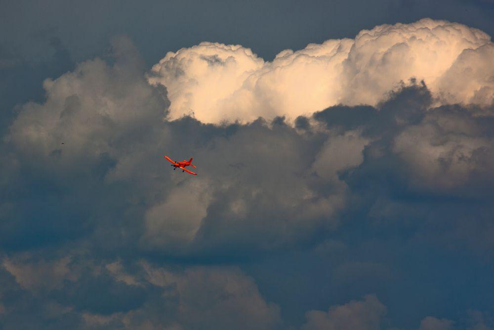 Fallschirmspringen in Most Tschechien