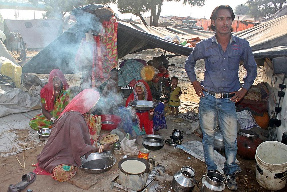Familie im Puschkar Camp