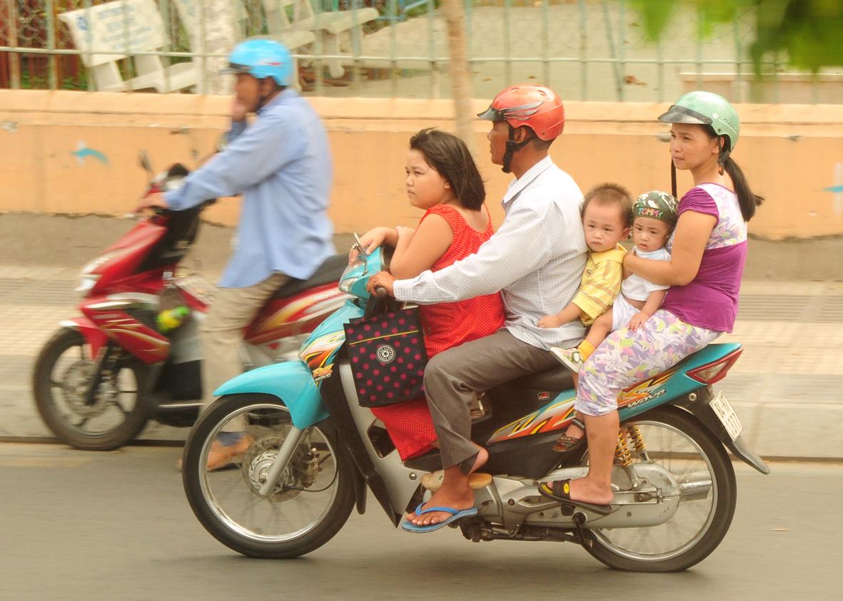 """""""Familienesel"""" heute, Saigon"""