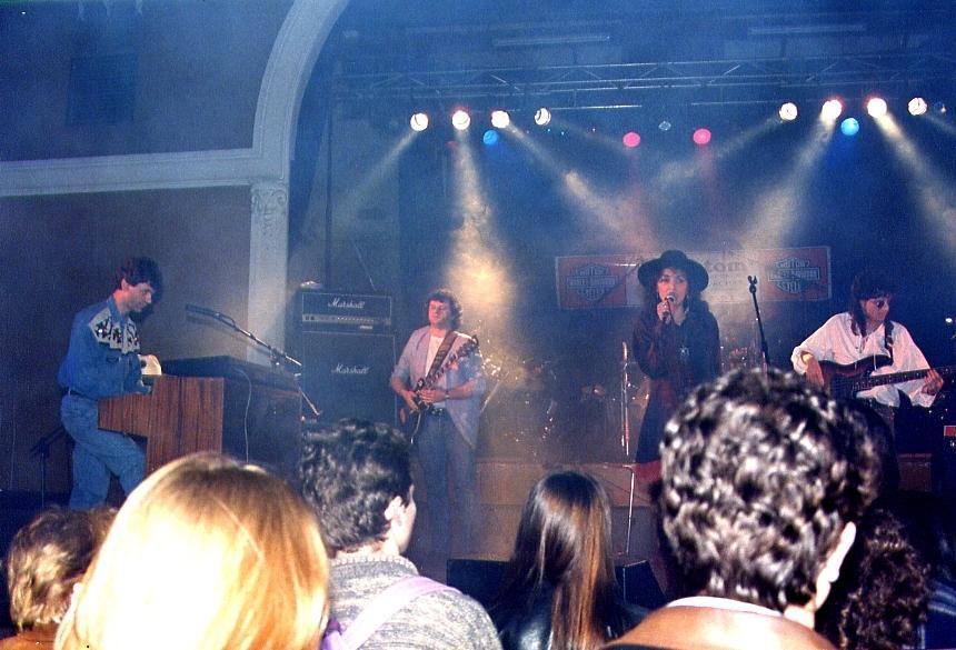 FAMILY SPIRIT 70's pop rock band american dream RIOM 63