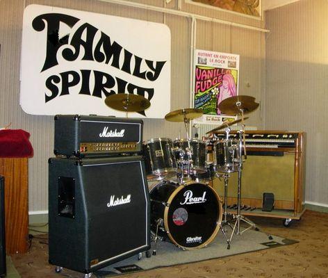 FAMILY SPIRIT 70's pop rock band studio