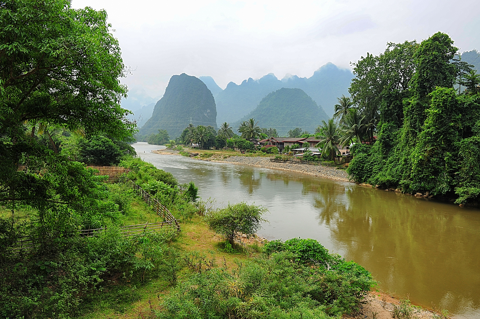 fantastischer Ausblick im Norden von Vang Vieng