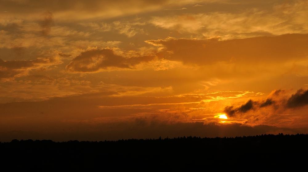 Farben wie in Afrika, Sonnenuntergang auf der Mehlinger Heide...