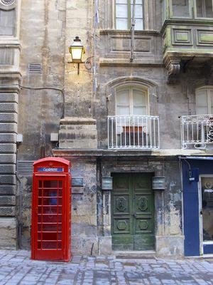 farbenfreudiges England in anderer Metropole