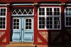 farbenfrohe Fassadengestaltung in Lauenburg