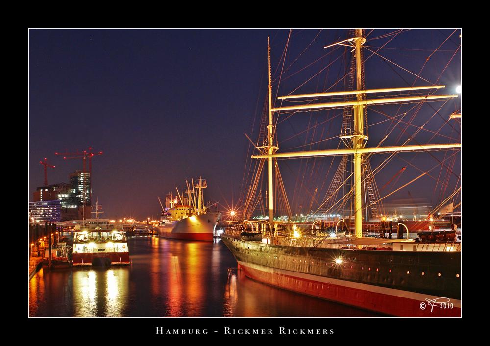 Farbenfroher Hafen