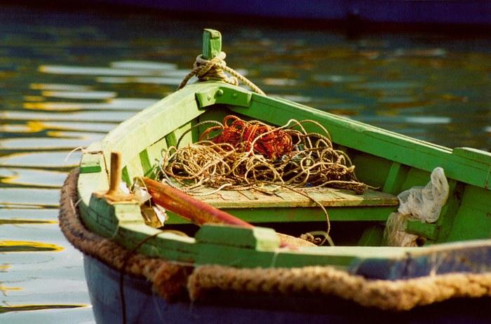 Farbenfrohes Fischerboot