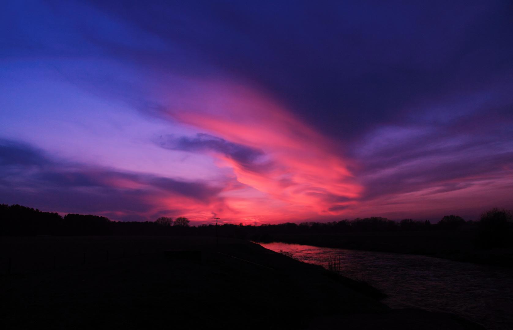 Farbenpracht bei Sonnenuntergang