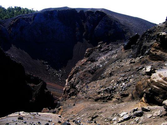 Farbenspiel am Vulkan