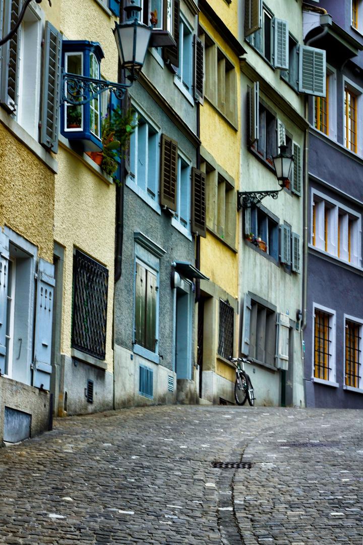 farbige Häuser ( in Zürich)