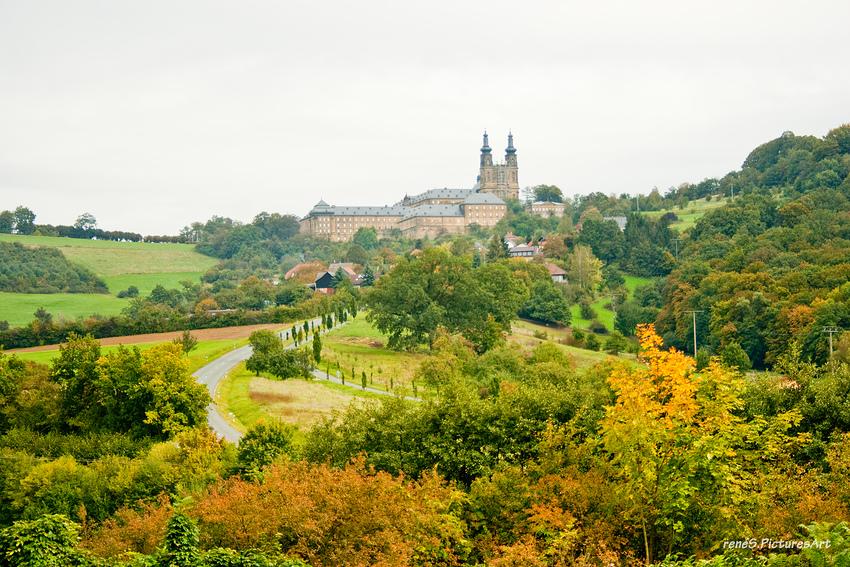 farbige Herbststimmung am Kloster Banz