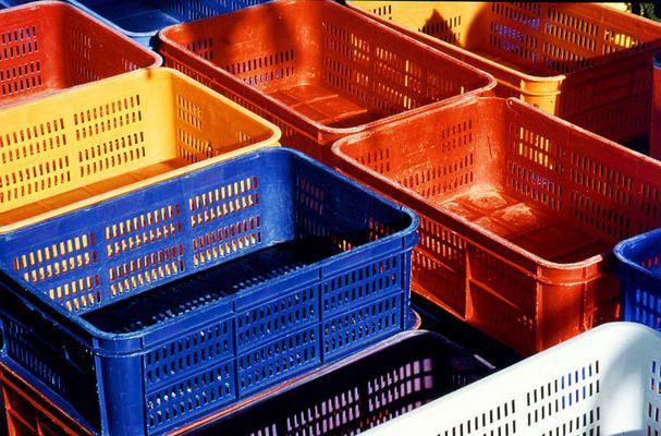 Farbige Kisten
