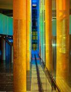 Farbiges Säulenspiel...