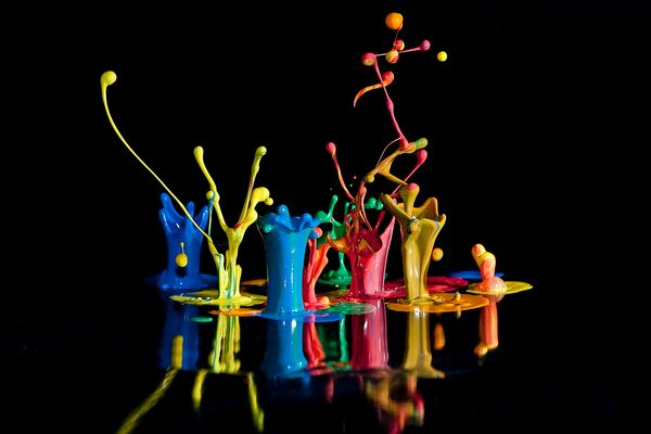 Farbspringen - Color Bassline