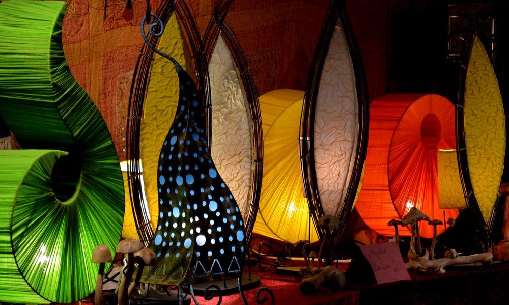 farbstarke Beleuchtung von steinweischen