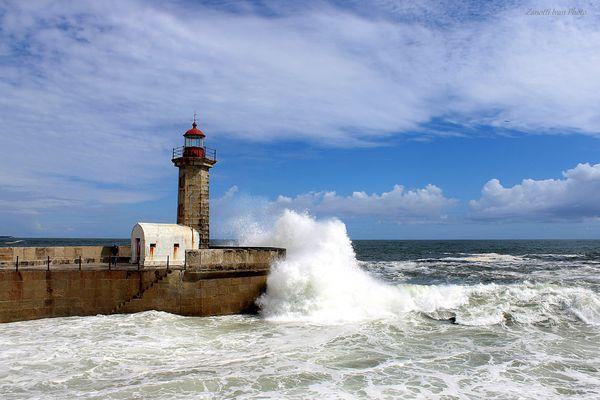 Faro do Foz    - Oporto Portugal -