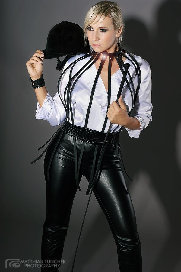 Fashion - Harness...