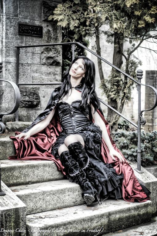 Fashion Shooting - Friedhof