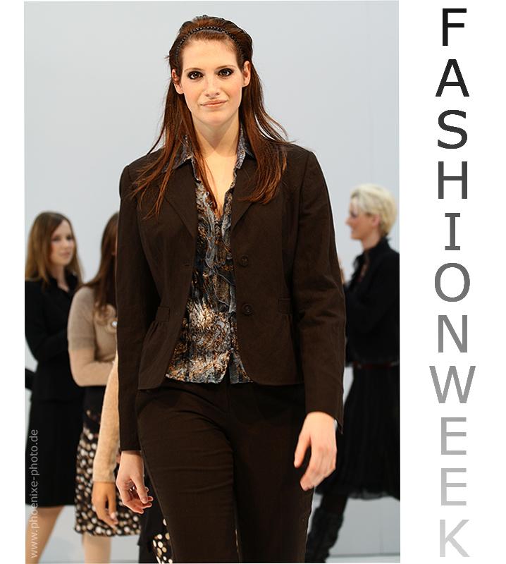 ***...Fashionweek...***