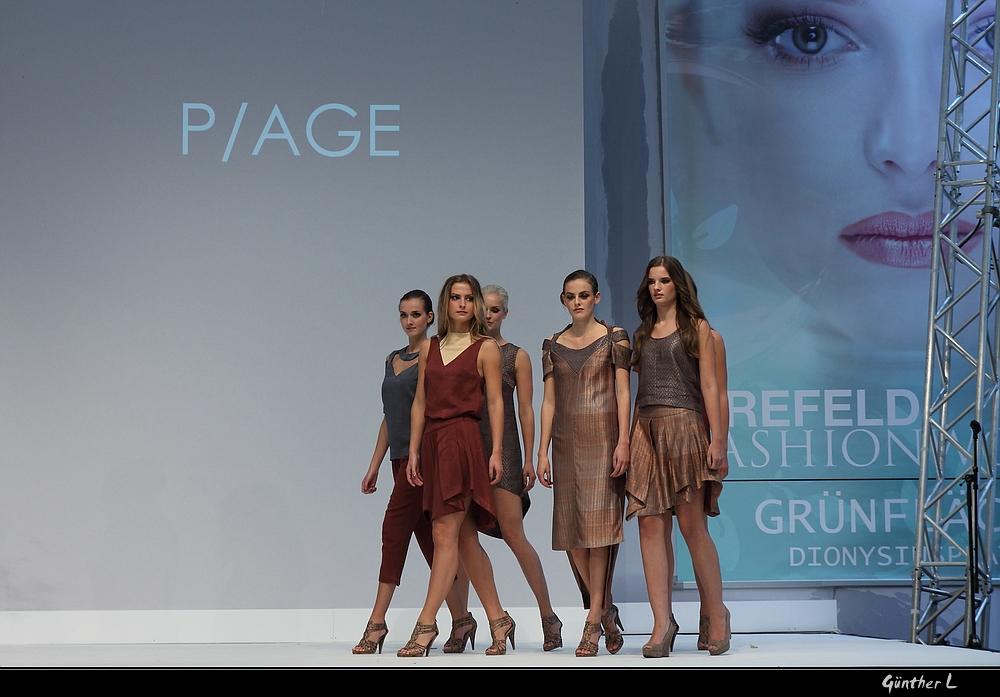 Fashionworld 2013 .