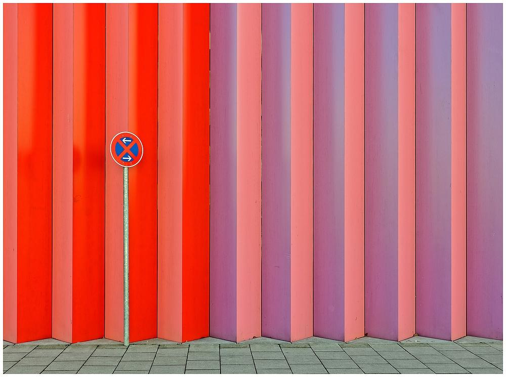 Fassade III......Parken verboten
