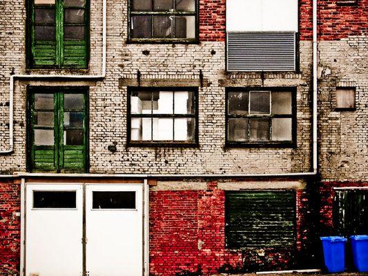 Fassade im Hafen von Breskens/ Niederlande