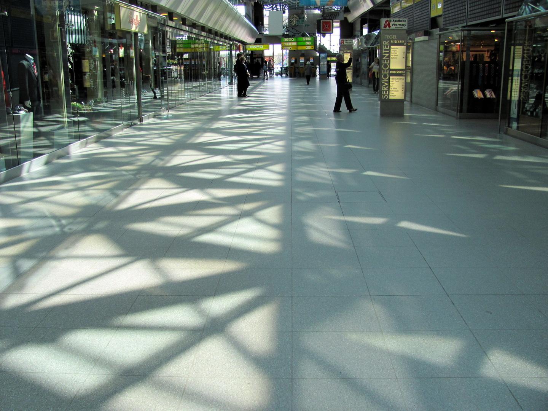 fast leerer Flughafen