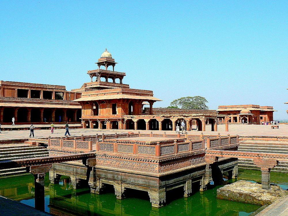 Fatehpur Sikri .