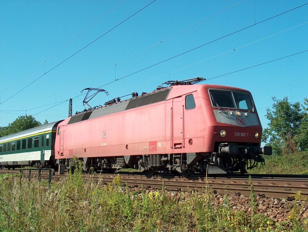 FBZ 75008 mit Wagenüberführung nach Neumünster