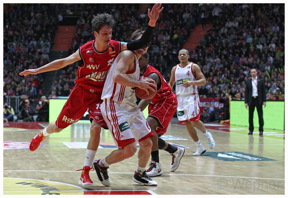 FC Bayern München gg die s.Oliver Baskets aus Würzburg
