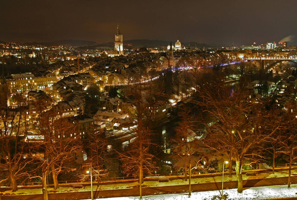 fc-Stamm-Bern bei Nacht