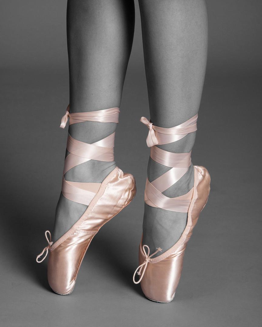 Feet of the dancer