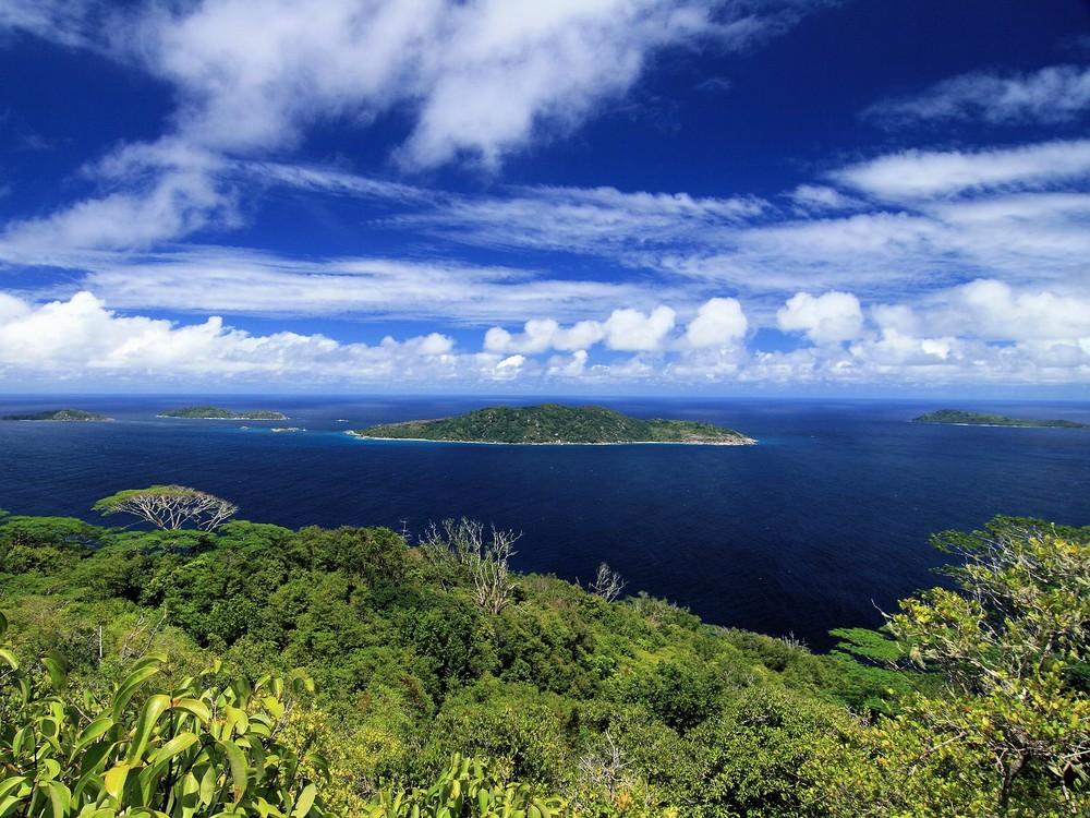 Felicite neben La Digue (Seychellen)