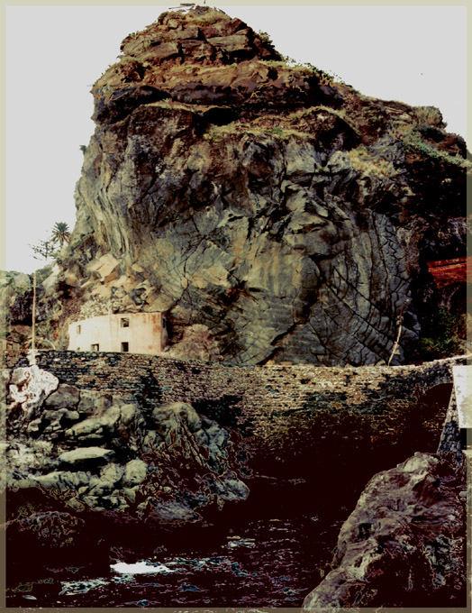Felsen an der Küste (Madeira)
