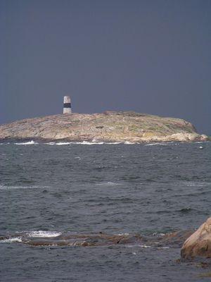 Felsen mit Leuchtturm
