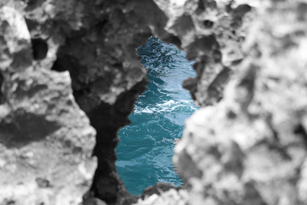 Felsen vorm Ozean