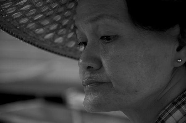 Femme au Marché Flottant, Thailande